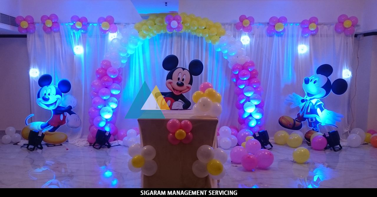 Mickey mouse themed birthday decoration le royal park for 1st birthday hall decoration