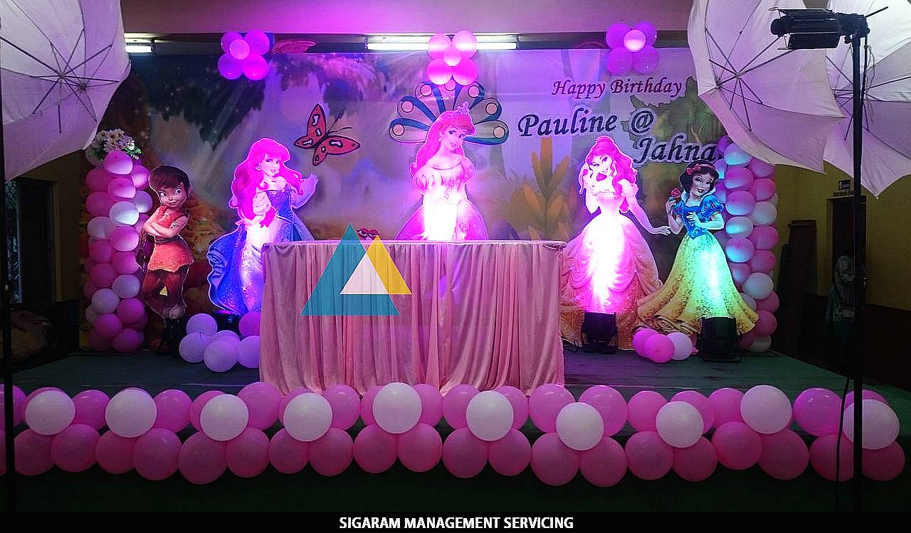 Themed birthday party decoration at pondicherry sigaram for 1st birthday hall decoration ideas