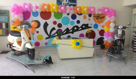 Vespa customer meet corporate events at pondicherry for Balloon decoration in coimbatore