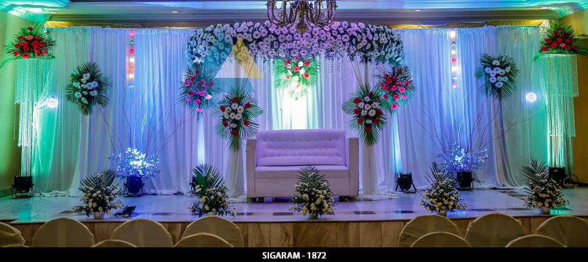 Reception decoration at surguru hotel pondicherry sigaram for Hotel wedding decor