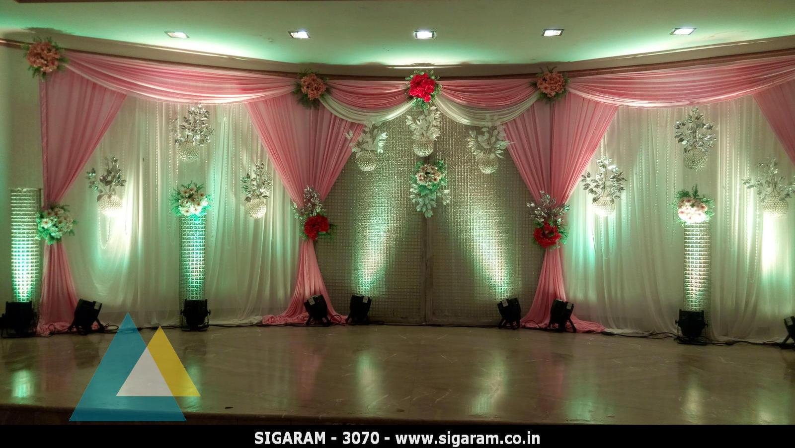 wedding reception decoration at le royal park hotel