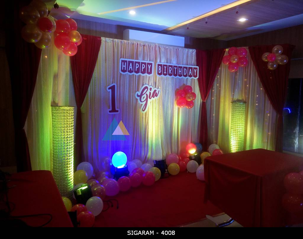 Birthday party decoration done at junior kuppanna hotel for Balloon decoration in coimbatore