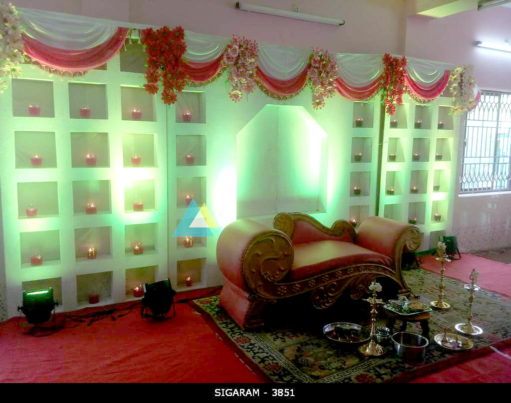 Valaikappu decoration at kurinji nagar community hall for Hall decoration ideas for home