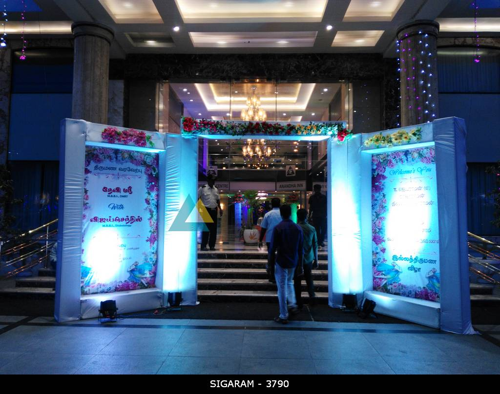 Reception decoration at anandha inn hotel pondicherry for Arch decoration supplies