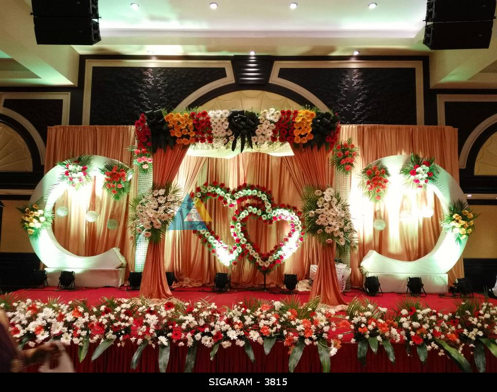 Reception decoration at anandha inn hotel pondicherry for Marriage decoration photos