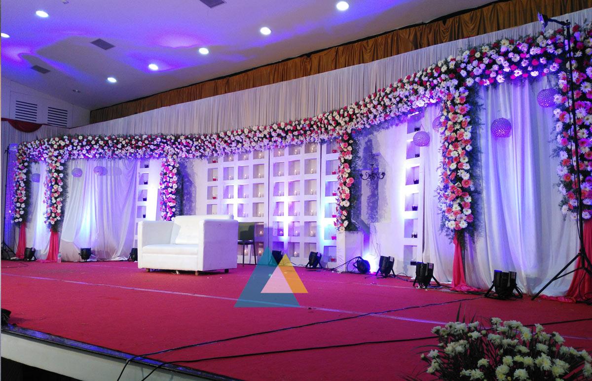 wedding reception decoration done at bkn auditorium purasaiwakkam chennai sigaram wedding. Black Bedroom Furniture Sets. Home Design Ideas