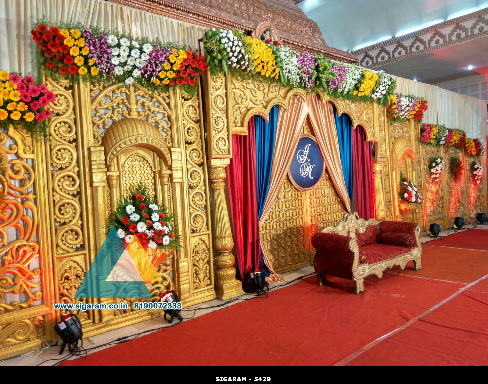 Wedding stage decoration jayaram thirumana nilayam for Marriage decoration photos