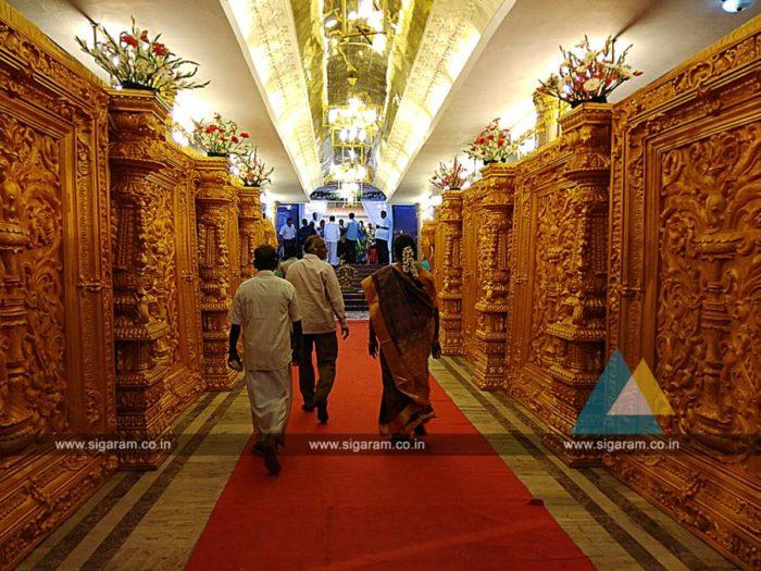 Pathway Fiber Decoration at Anandha Thirumana Nilayam, Puducherry