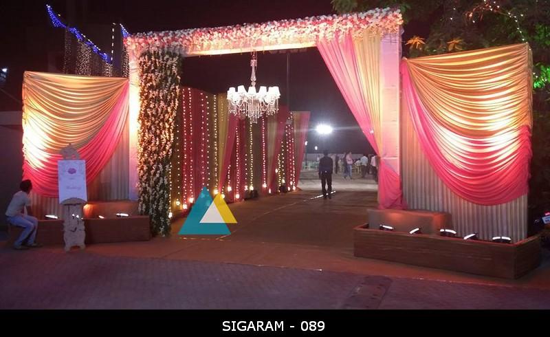 Wedding entrance pathway decorators in pondicherry sigaram wedding reception entrance arch decoration at nt mahal pondicherry 3 junglespirit Choice Image
