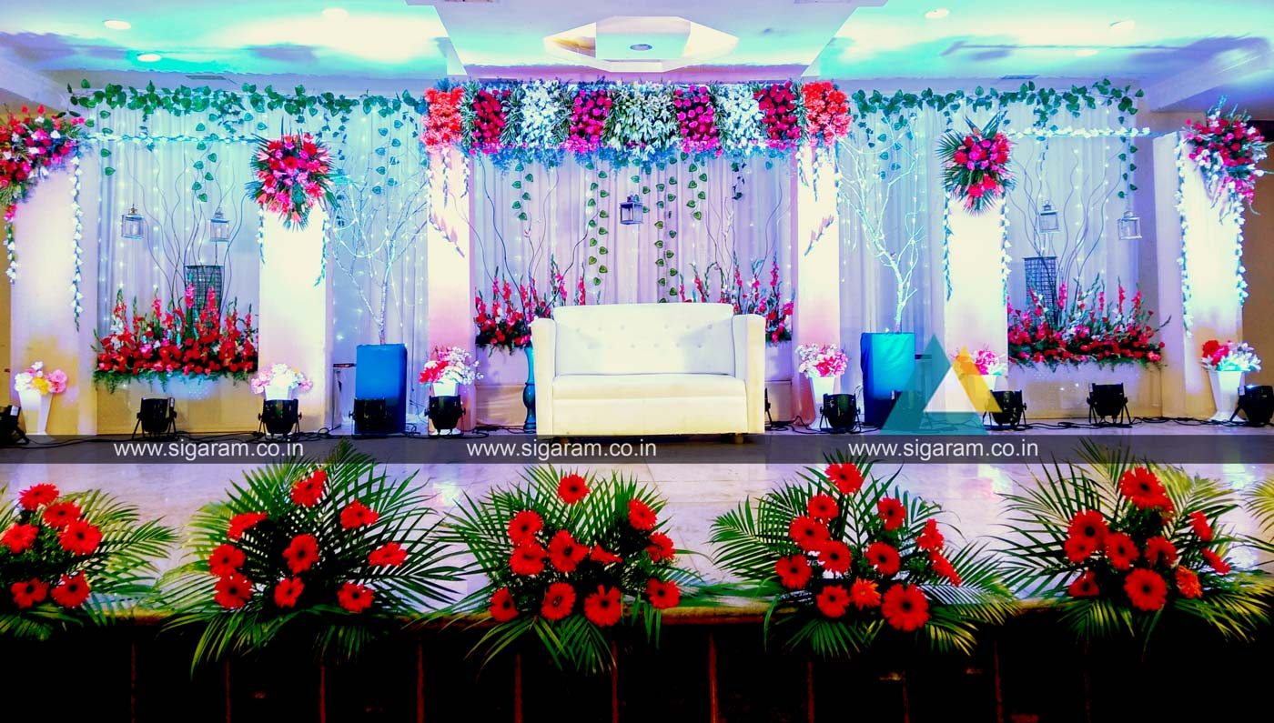 Reception stage decoration at kalaignar arivalayam for Flower decoration ideas home