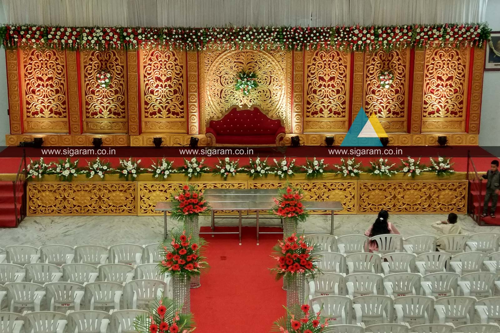 Reception And Marriage Stage Decoration At Nt Mahal 100ft Road