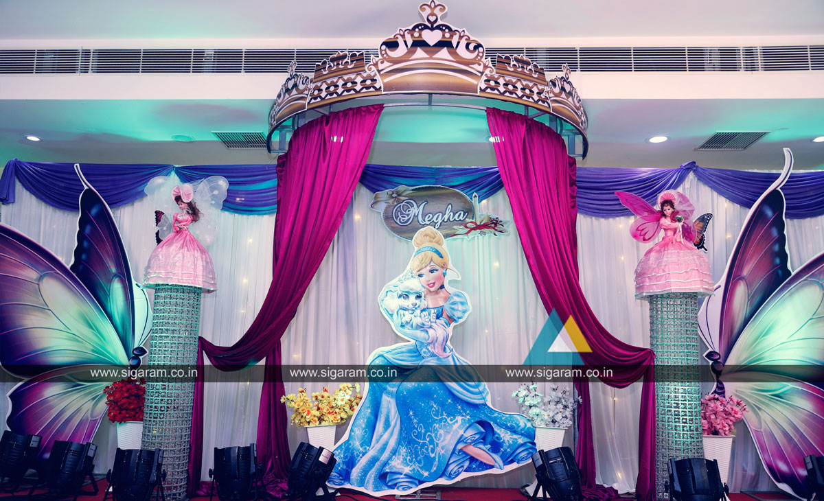 Cinderella princess themed birthday party balloon for Balloon decoration in chennai