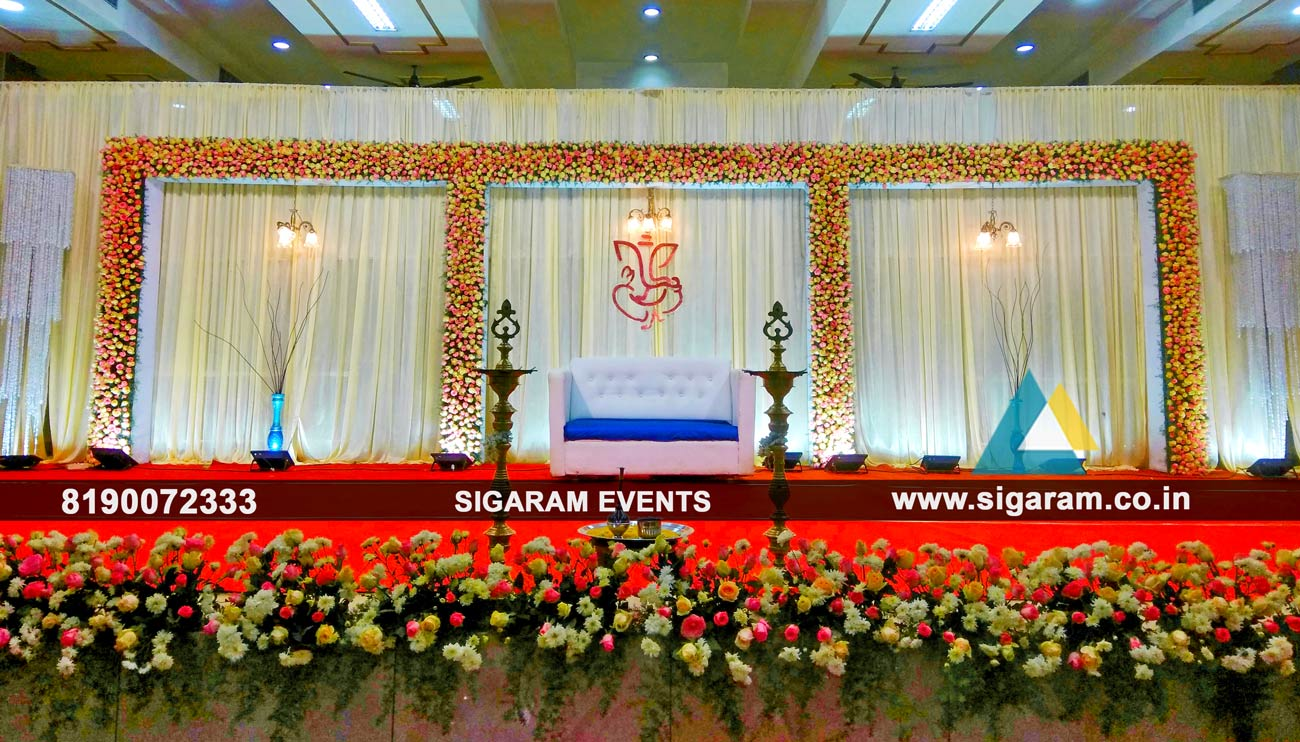 Reception Decoration With Rose Flowers At Reddiyar