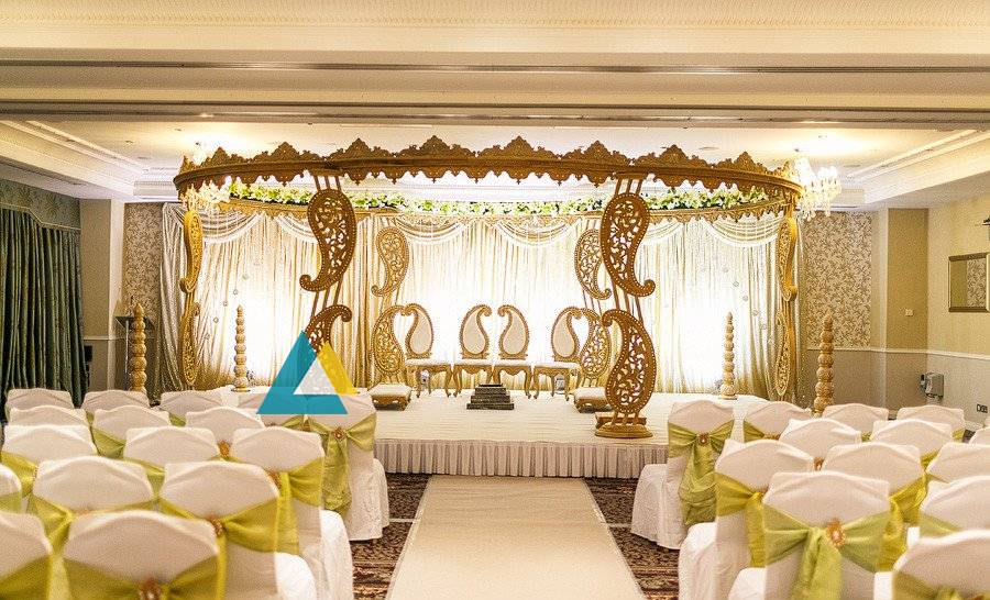 Reception decorations wedding decorators in pondicherry chennai white floral runner pathway wedding reception decorations sigaram 0019 junglespirit Choice Image