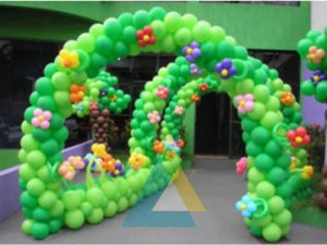 Pathway Multiple balloon Arch Decoration