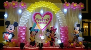 Minnie Mouse and Micky Mouse themed birthday decoration