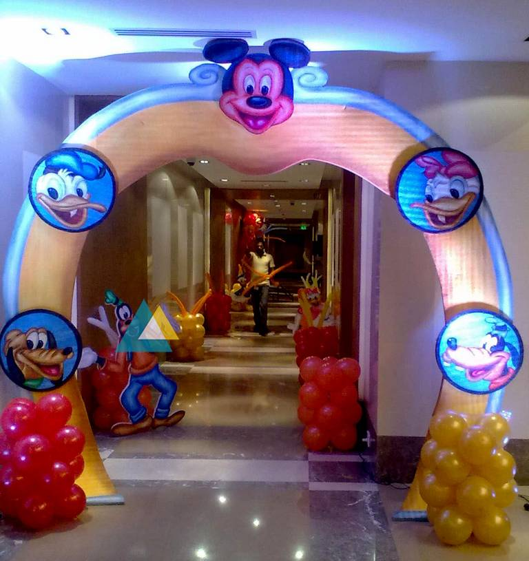 Birthday Party Entrance Decorations In Pondicherry