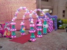 Balloon Entrance Decoration for Birthdays